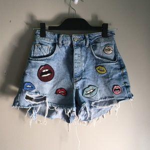 Zara embroidered denim shorts size 0